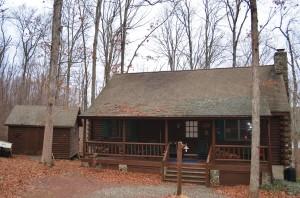 Creekside Log Home In The Poconos