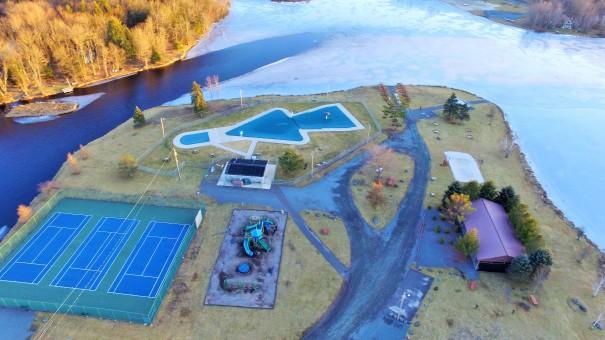 Island Pool Complex